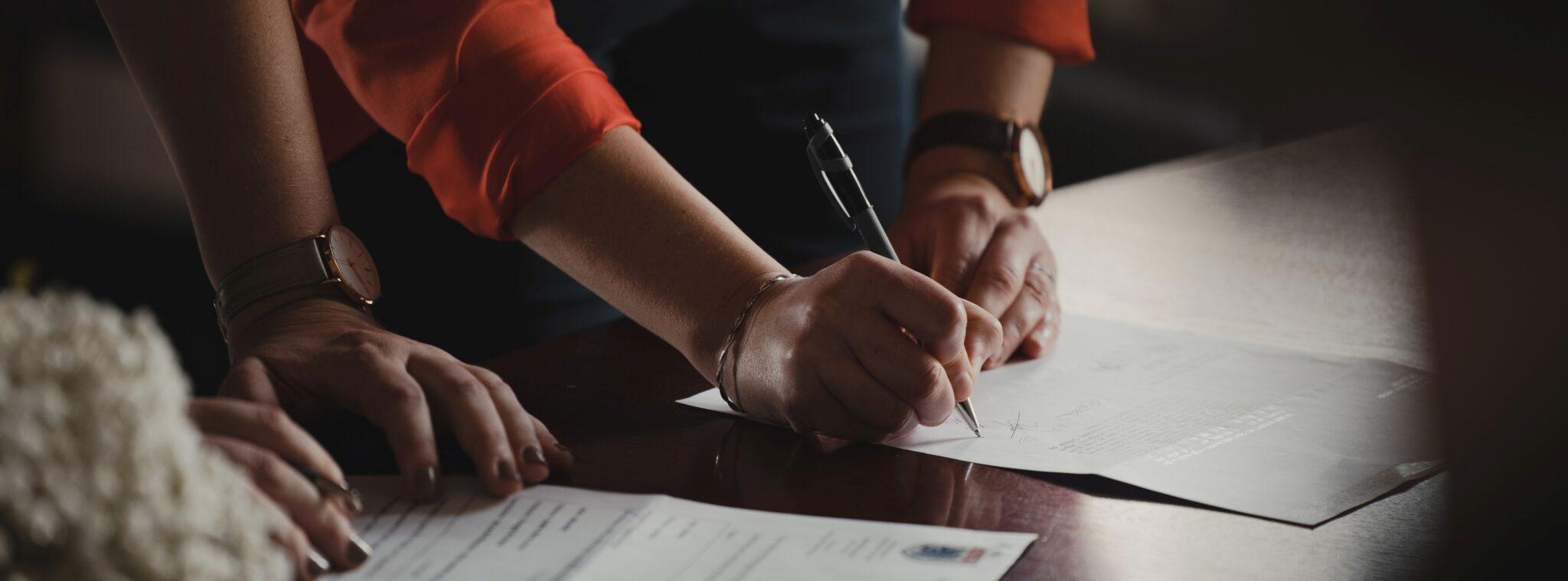 Sähköinen allekirjoitus laajenee – nyt tuki myös Assently E-sign -palvelulle
